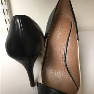 Brooks Brothers Shoes - Brooks Brothers black white high heel pumps size 7